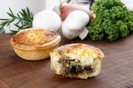 CCRT03 Savoury tart 5 triple cheese & ratatouille tart